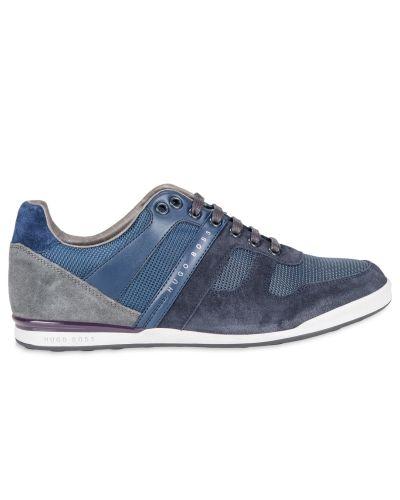 Till herr från Hugo Boss, en sneakers.