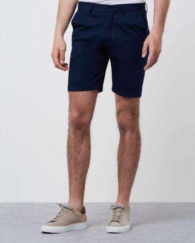 Till herr från Marccetti, en shorts.
