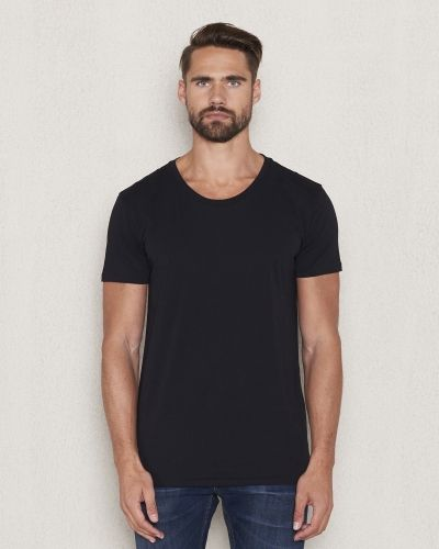 Till herr från Hope, en svart t-shirts.