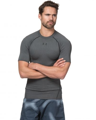 Armour HG SS Compression 090 Carbon Under Armour t-shirts till herr.