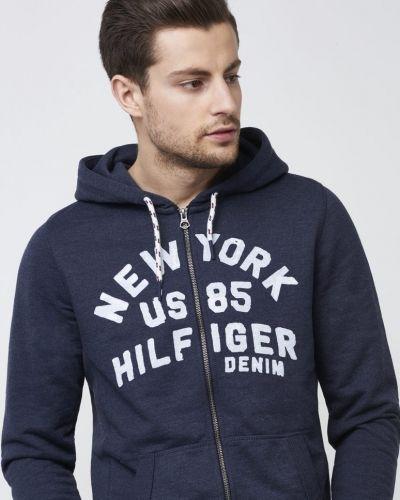 Till herr från Tommy Hilfiger Denim, en hoodie.