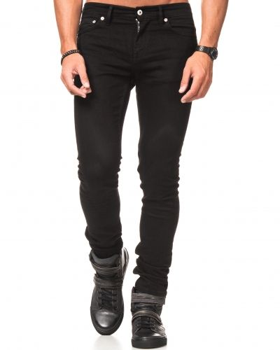 Till herr från Junk De Luxe, en svart jeans.