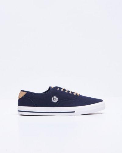 Till herr från Henri Lloyd, en blå sneakers.
