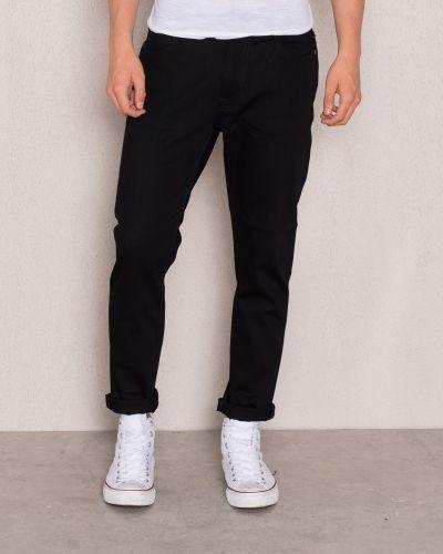 Svart regular jeans från Nudie Jeans till herr.