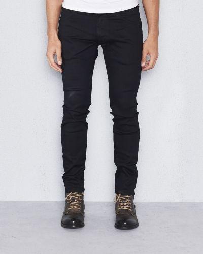 Svart blandade jeans från Wrangler till herr.