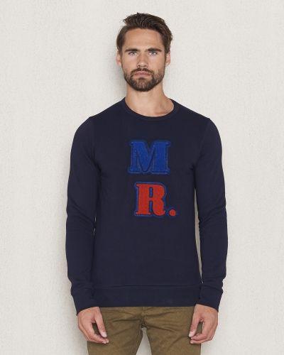 Till killar från Scotch & Soda, en sweatshirts.