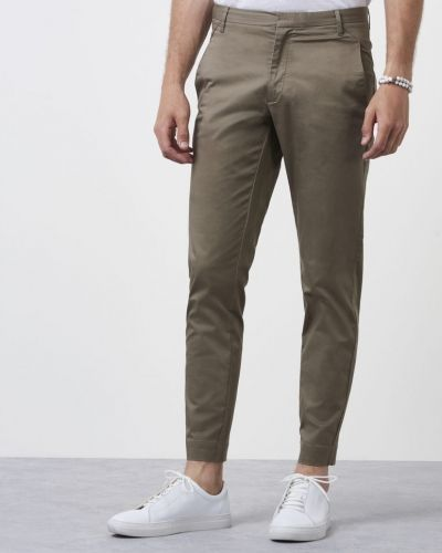Chinos Cron Satin Stretch 255 från Whyred