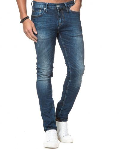 Slim fit jeans från Junk De Luxe till herr.
