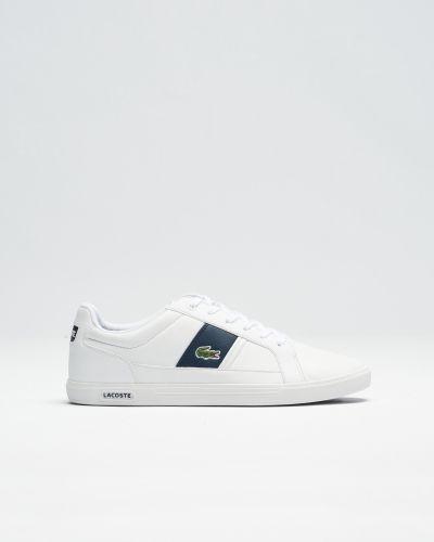 Lacoste sneakers till herr.