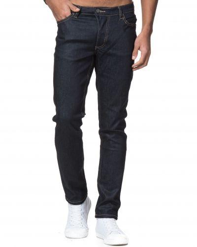 Till herr från Mouli, en blandade jeans.