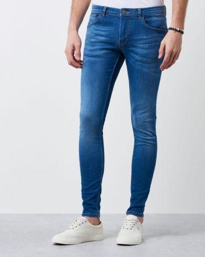 Till herr från Gabba, en blå blandade jeans.