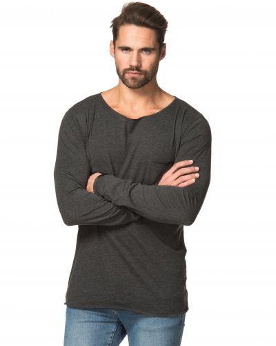 Jesper Crew Neck Dark Grey Kvarn långärmad tröja till herr.