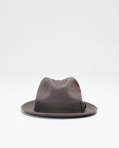 Till herr från Brixton, en hatt.