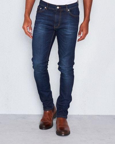Velour By Nostalgi jeans till herr.