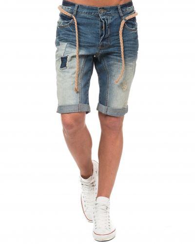 Adrian Hammond jeansshorts till killar.