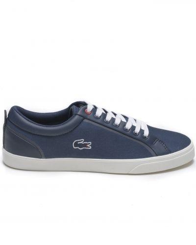 Blå sneakers från Lacoste till herr.