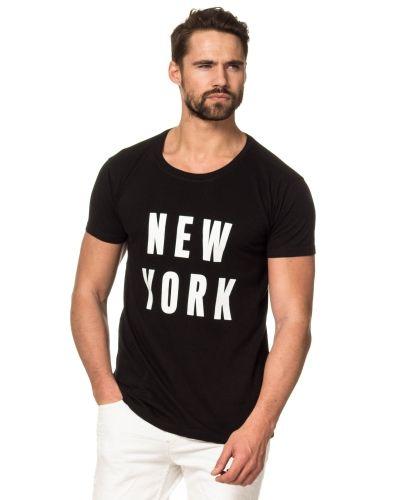 Speechless New York Tee Black