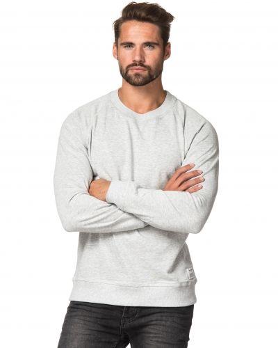 Sweatshirts från Resteröds till killar.