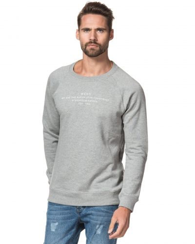 Patchy Crewneck Grey WeSC sweatshirts till killar.