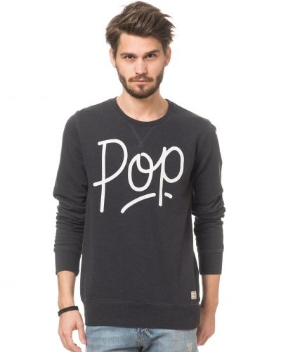 Till killar från Revolution, en sweatshirts.