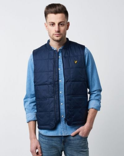 Väst Quilted West från Lyle & Scott