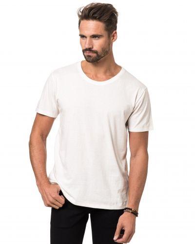 Vit t-shirts från Nudie till herr.