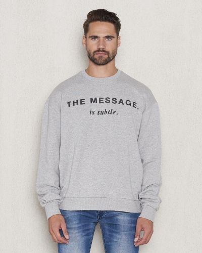 Till killar från Diesel, en sweatshirts.