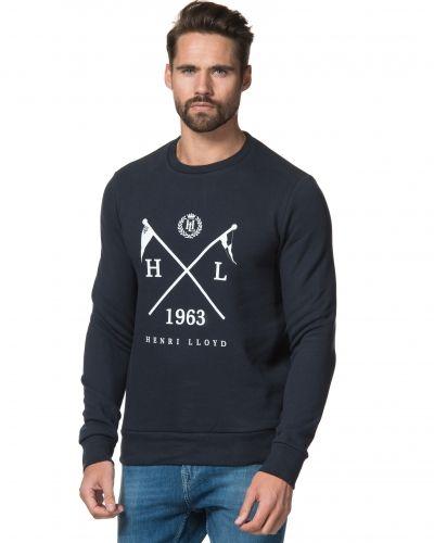 Till killar från Henri Lloyd, en blå sweatshirts.