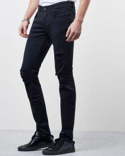 Svart slim fit jeans från Ljung by Marcus Larsson till herr.
