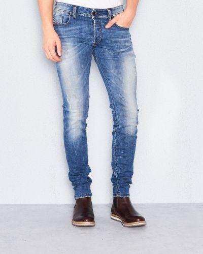 Sleenker 0856K Diesel blandade jeans till herr.
