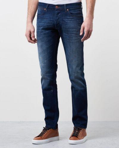 Blå blandade jeans från Wrangler till herr.