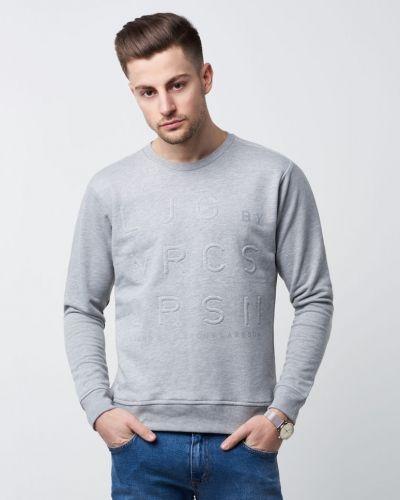 Till killar från Ljung by Marcus Larsson, en grå sweatshirts.