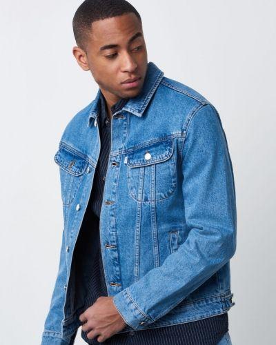 Till herr från WeSC, en blå jeansjacka.