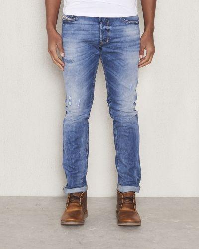 Thepphar 0853Y Diesel blandade jeans till herr.