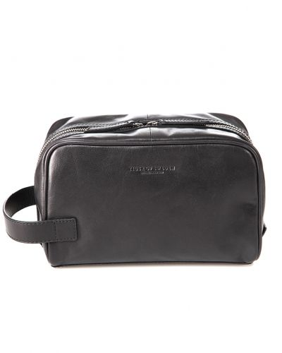 Necessär Tigino Toiletry Bag 050 Black från Tiger Of Sweden