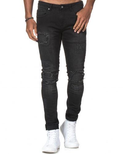 Till herr från Things To Appreciate, en svart blandade jeans.