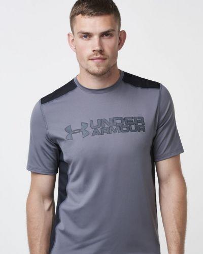 UA Raid Graphic Tee 040 Under Armour t-shirts till herr.