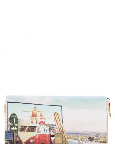 Y Not? ? plånbok. Väskorna håller hög kvalitet.