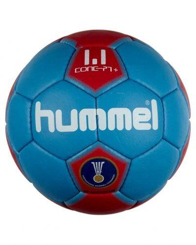 1,1 concept plus från Hummel, Bollar