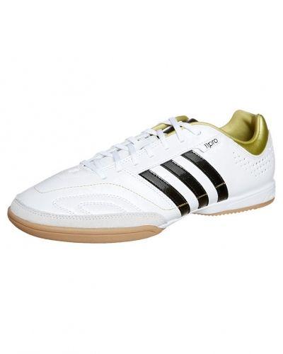 adidas Performance 11 NOVA IN Fotbollsskor inomhusskor Vitt från adidas Performance, Inomhusskor