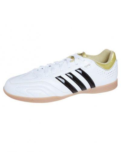 adidas Performance adidas Performance 11QUESTRA IN Fotbollsskor inomhusskor Vitt. Traningsskor håller hög kvalitet.