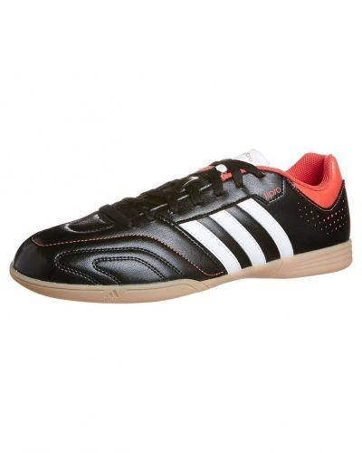 adidas Performance 11QUESTRA IN Fotbollsskor inomhusskor Svart från adidas Performance, Inomhusskor