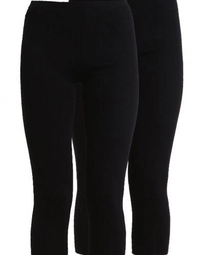 Till dam från Zalando Essentials, en leggings.