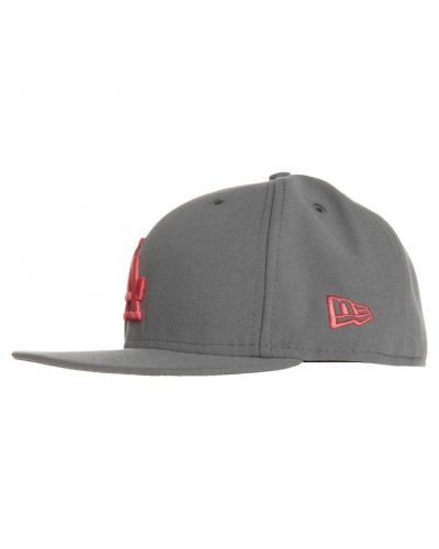 New Era New Era 59FIFTY SEASONAL CONTRAS MLB LOS ANGELES DODGERS Keps Grått. Huvudbonader håller hög kvalitet.