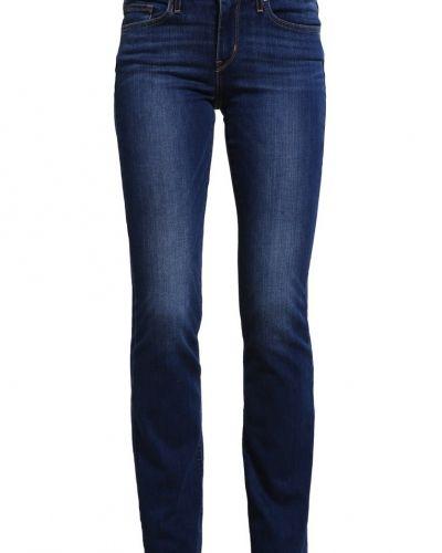 Till tjejer från Levi's®, en bootcut jeans.