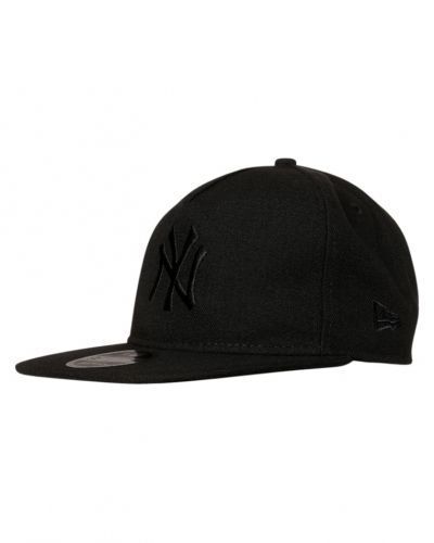 Keps 9fifty keps black från New Era