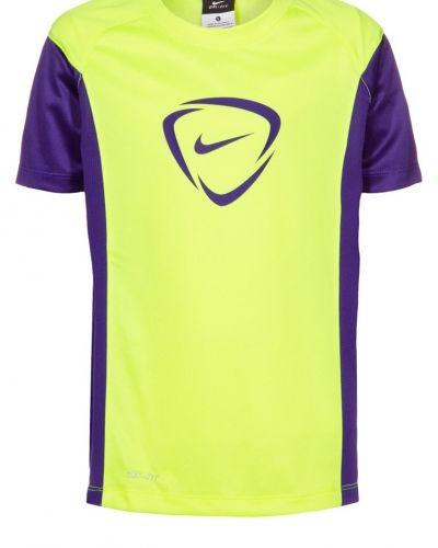 Academy träningstopp från Nike Performance, Supportersaker