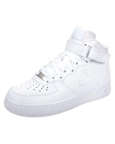 vita höga sneakers dam