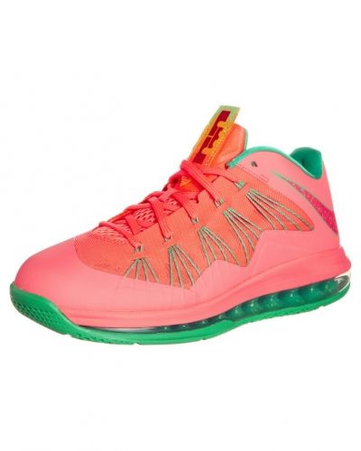 Nike Performance AIR MAX LEBRON X LOW Indoorskor Ljusrosa - Nike Performance - Inomhusskor