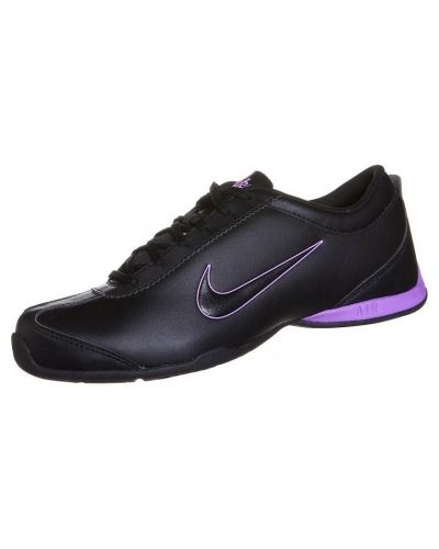 Nike Performance AIR MUSIO Aerobics & gympaskor Svart från Nike Performance, Träningsskor